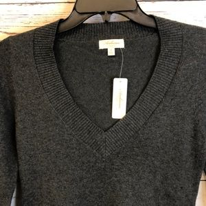 Ambiance charcoal gray V-neck pullover sweater